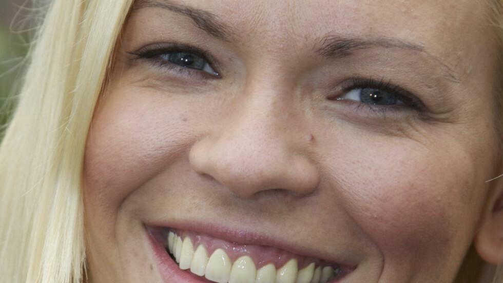 DROPPET FERIE: NRKs Carina Olset takket ja til å jobbe som programleder under cupfinalen på Ullevaal på søndag. I disse dager skulle hun egentlig vært i solfylte Miami i USA.