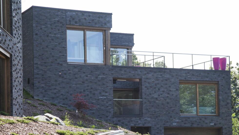 18 MILLIONER: Villaen på Nordstrand skal ifølge eiendomsregisteret ha hatt en prislapp på 18 millioner kroner. Foto: Erlend Haugen / Se og Hør