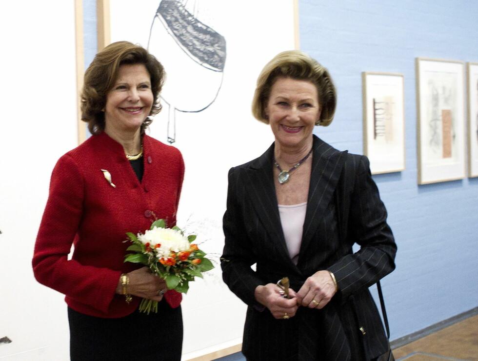 DRONNINGDUELL: Dronning Sonja kom på tredje sisteplass i kåringen - mens dronning Silvia kom på 3. plass. Foto: Scanpix