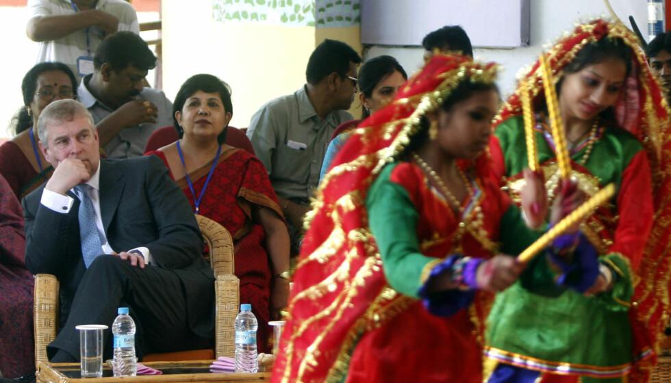 <strong>FÅR KRITIKK:</strong> Prins Andrews pengebruk får kraftig kritikk etter hans besøk til slummen i India. Foto: All Over Press