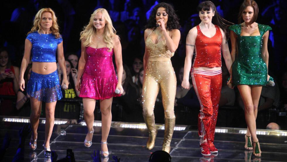 SAMMEN: Sist gang Ginger, Baby, Scary, Sporty og Posh sto på scenen sammen var i Madison Square Garden i New York i februar 2008. Da feiret de at de nettopp hadde gjennomfør «The Spice Girls Reunion World Tour». Foto: Stella Pictures