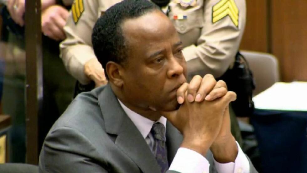 DØMT: Her får doktor Conrad Murray vite at han må tilbringe de neste fire årene i fengsel. Han har hele tiden hevdet sin uskyld.