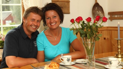 SAMBOERE: Svein og TV-frieren Oddrun Tingstad har vært samboere på gården i Overhalla siden 2009. Foto: Morten Eik/Se og Hør