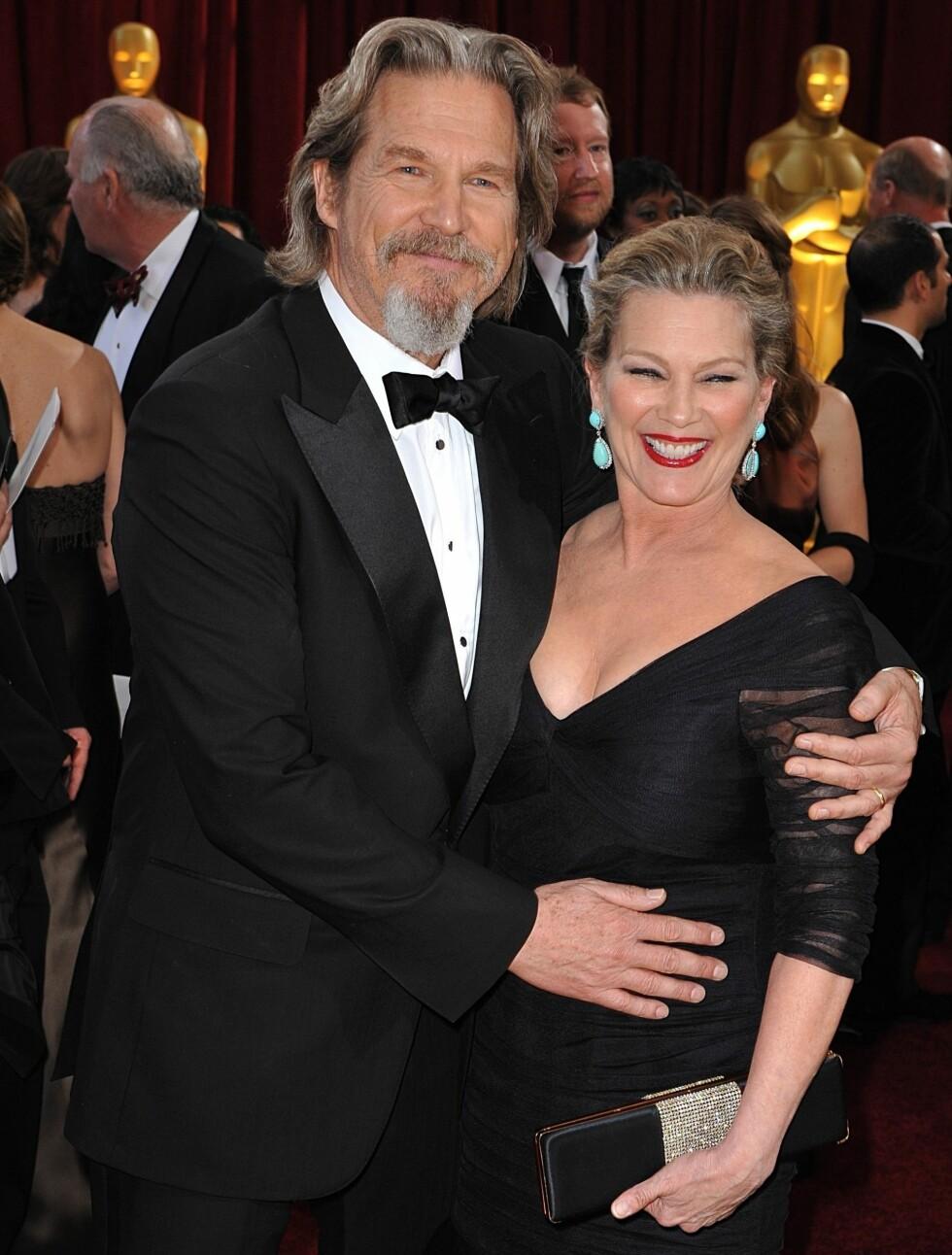 33 ÅR: Jeff Bridges (62) er kjent fra blant annet «Tron» og «Iron Ma». Sammen med Susan Geston har paret fått tre døtre. Foto: Fame Flynet