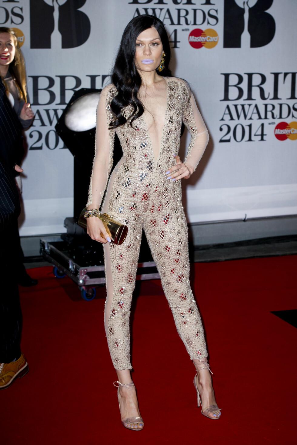 DRISTIG: Jessie J kom i en gjennomsiktig kroppsnær drakt. Foto: Empics Entertainment/All Over Pr
