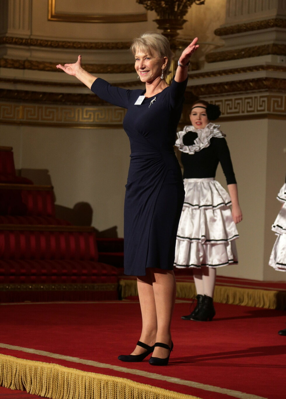 UNDERHOLDT: Helen Mirren holder en tale fra Shakespeare. Foto: PA Wire/Press Association Images