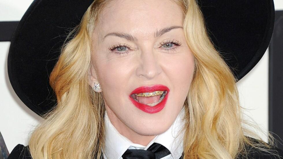 """BAD ASS: Madonna har alltid likt å provosere, og under Grammy Awards håpet hun """"gullgrillen"""" hennes ville få folk til å snakke.  Foto: REX/Broadimage/All Over Press"""