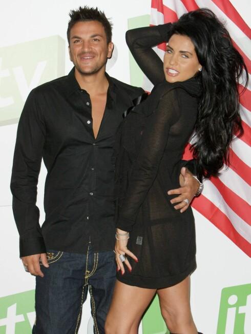 EKSKONA: Fra 2005 til 2009 var Peter Andre gift med glamourmodellen Jordan. De har to barn sammen. Foto: All Over Press
