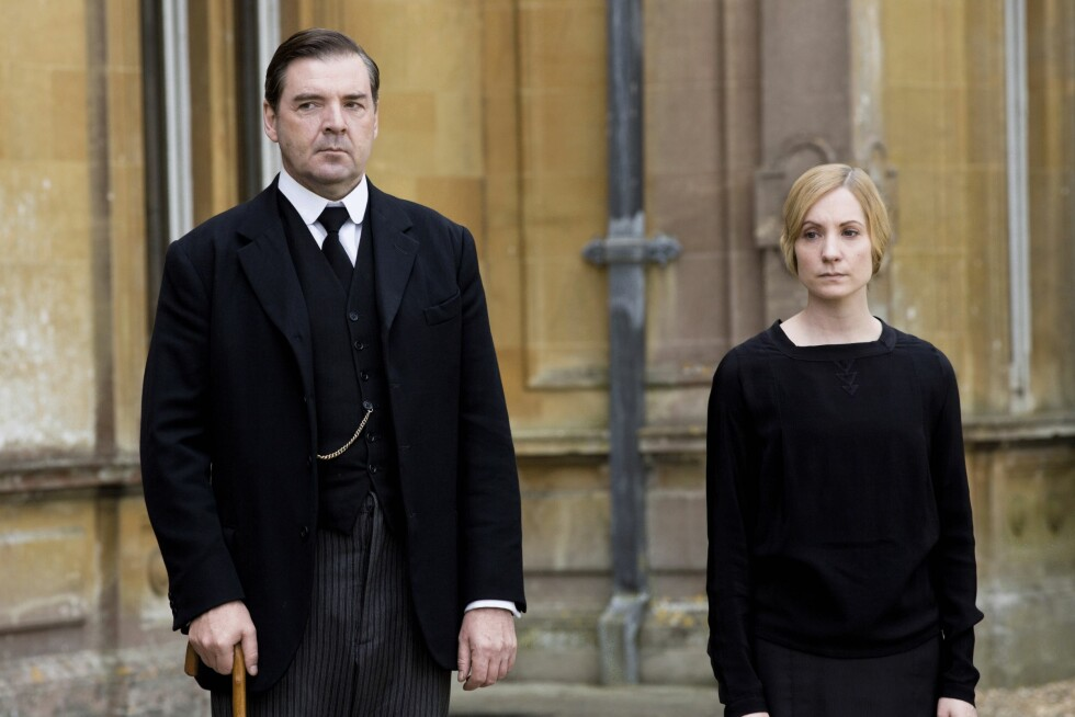 <strong>FORELSKET PÅ JOBB:</strong> I «Downton Abbey» falt tjenestepiken Anna for Lord Granthams personlige tjener John Bates.