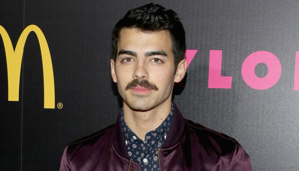 VENTET: Joe Jonas sier han ventet til han ble 20 år gammel. Foto: Getty Images for NYLON Magazine