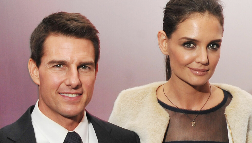 TATT PÅ SENGA: Det kom som lyn fra klar himmel på Tom Cruise da hans 16 år yngre kone Katie Holmes fortalte at hun ville ut av forholdet i juni 2013. Foto: All Over Press