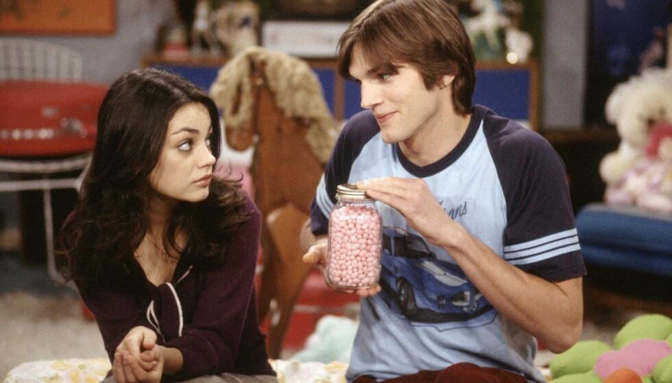 GAMLE VENNER: I 1998 ble Mila Kunis castet som rikmannsdatteren Jackie og Ashton Kutcher som den blondine-dumme kjekkasen Kelso, i TV-serien «That's 70s Show». Det skulle bli begynnelsen på et vakkert vennskap mellom dem, som siden utviklet seg til et forhold. Foto: Stella Pictures