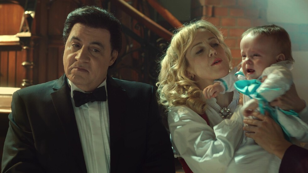 PAPPA: Rollefiguren Frank Tagliano er siden sist blitt pappa til to tvillinger sammen med eks-kjæresten Sigrid Haugli (Marian Saastad Ottesen).