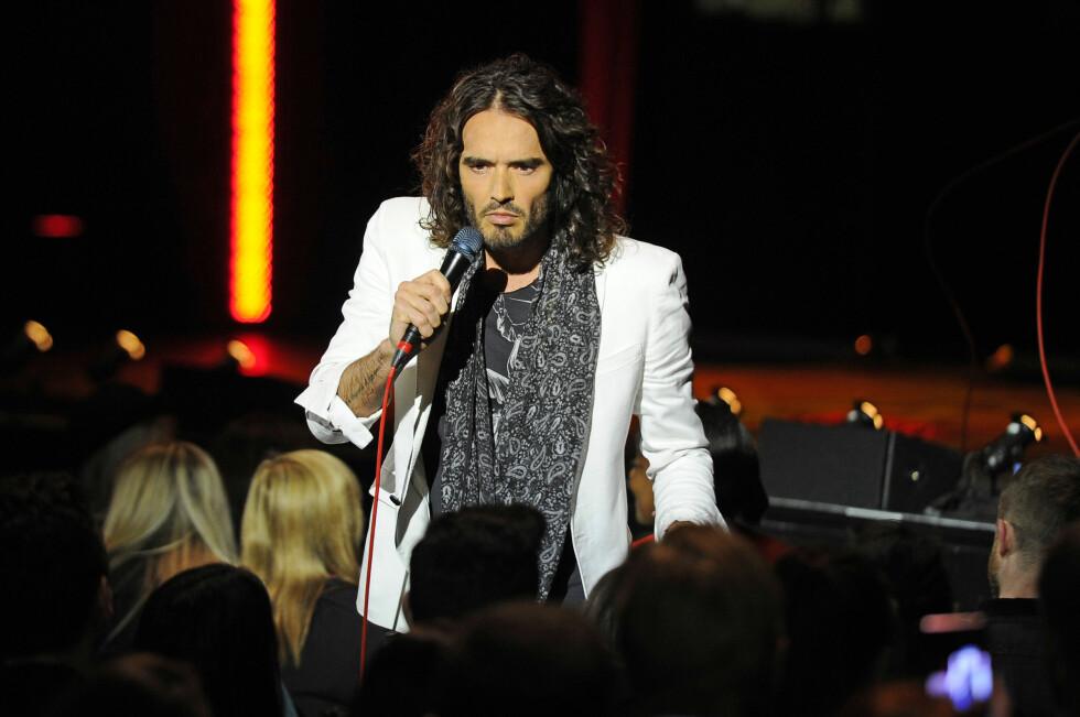 PÅ TURNÈ: Komikeren er for tiden på turné med showet Russell Brand Messiah Complex Tour. Foto: Stella Pictures