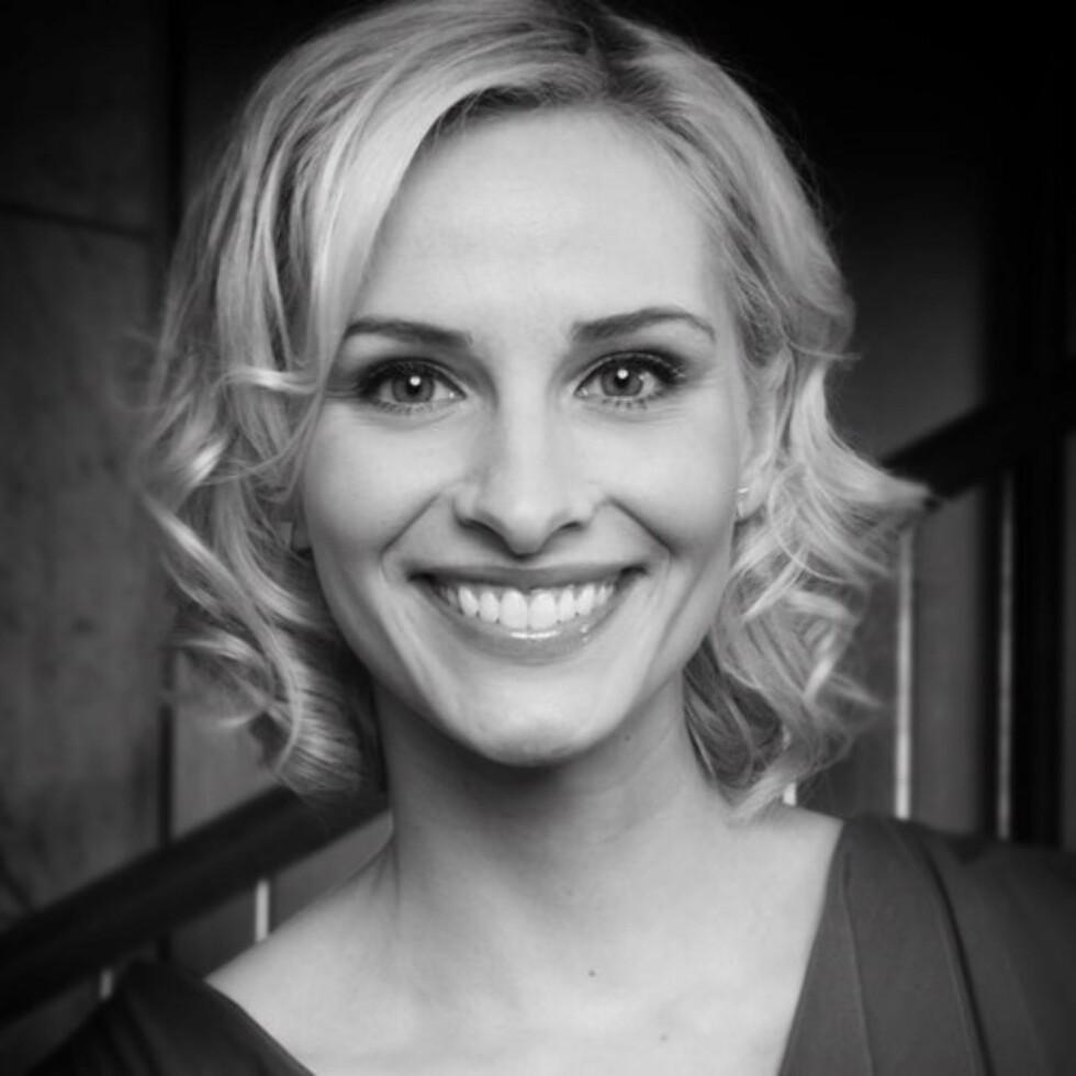 Krøller: Annes favoritt-frisyre akkurat nå. Foto: NRK