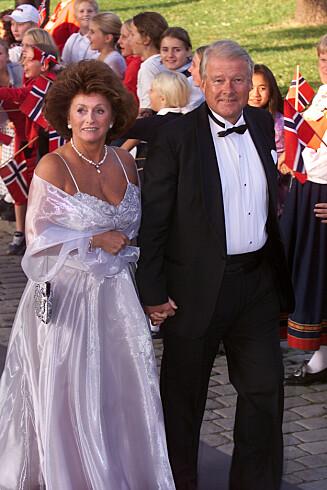 UHELL: «Trappestuntet» til Eli inntraff høsten 2001. Her er ekteparet avbildet i kronprinsparets bryllup tidligere samme år.  Foto: Tor Kvello/ Se og Hør