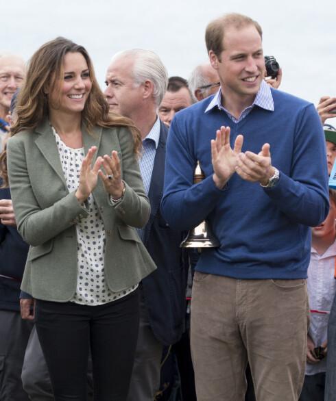 HYLLER DIANA: Gjennom hele ekteskapet har prins William gjennom flere symbolske handlinger vist at han tenker på sin avdøde mor, som aldri fikk oppleve ham som ektemann og far. Foto: Stella Pictures