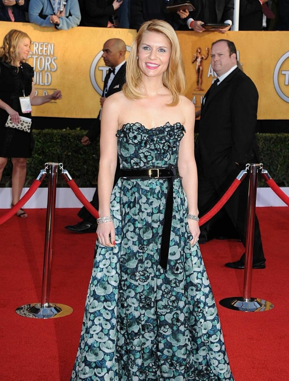 CLAIRE DANES: skuespillerinnen hadde på seg en lekker kjole fra Louis Vuitton og bar smykker fra Fred Leighton.  Foto: Stella Pictures