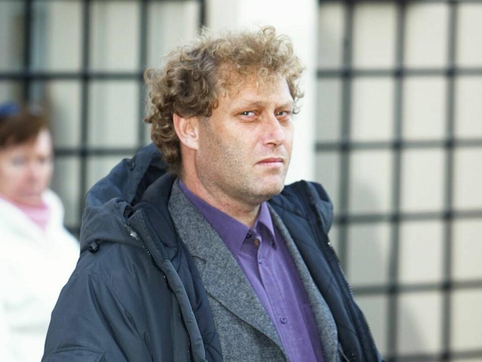 SLÅTT NED: Bellona-sjef Frederic Hauge ble i slutten av november brutalt angrepet av to sykkeltyver utenfor sin leilighet i Oslo. Hendelsen resulterte i bruddskader i ansikt, hodet og nakken.  Foto: Se og Hør