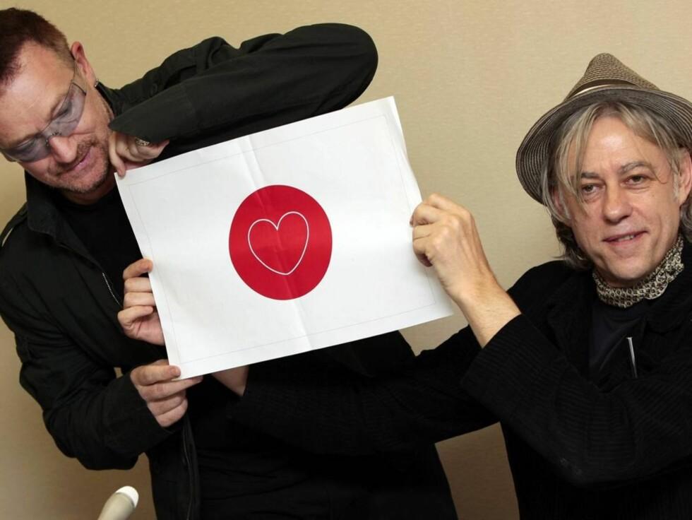 VELDEDIGHETSFORKJEMPERE: Bono og Bob Geldof kjemper mot fattigdom og sult.  Foto: AP