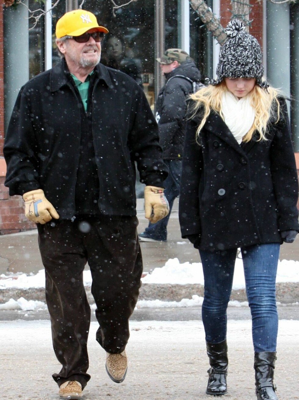 <strong>FAMILIELYKKE:</strong> Jack Nicholson feirer julen i Aspen med datteren.  Foto: All Over Press