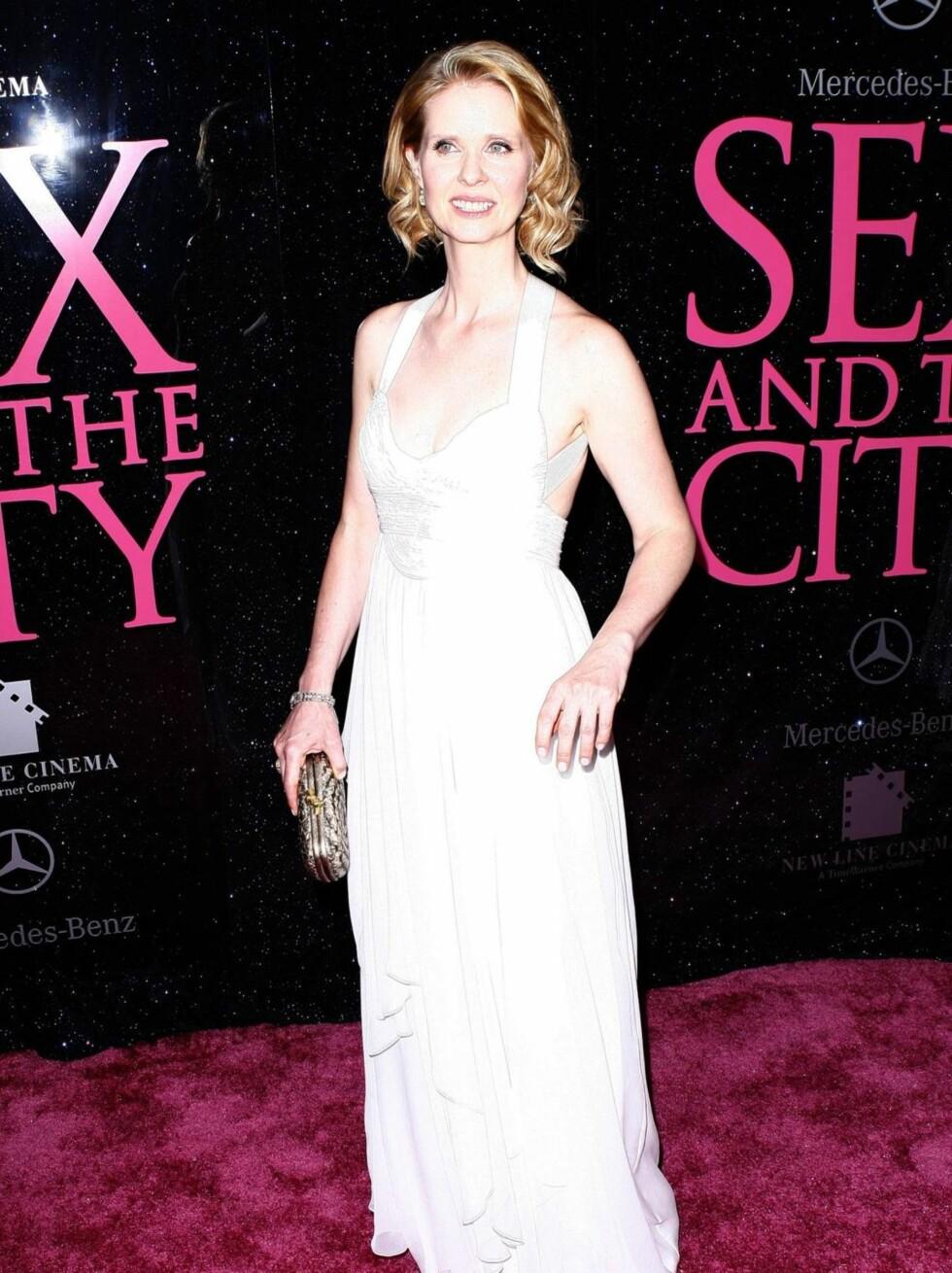 PREMIERE: Cynthia Nixon strålte i hvitt under New York-premieren.  Foto: All Over Press