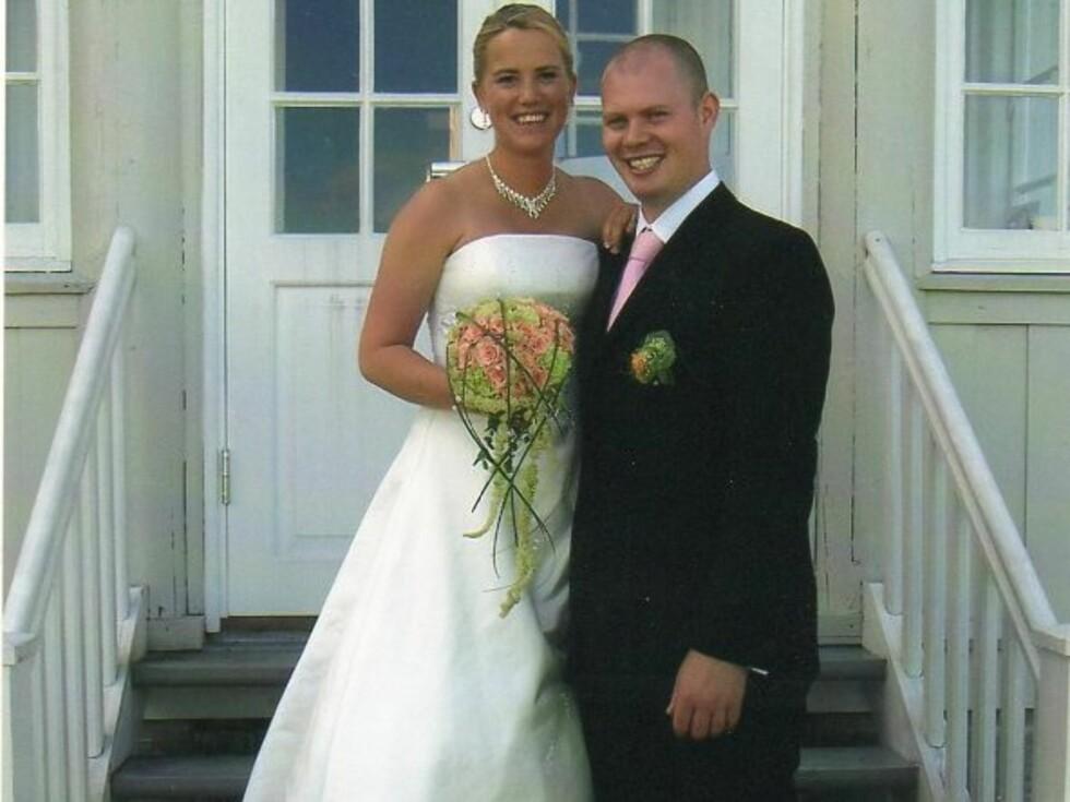 2005: Paret giftet seg i Hvitsten kirke.  Foto: Privat