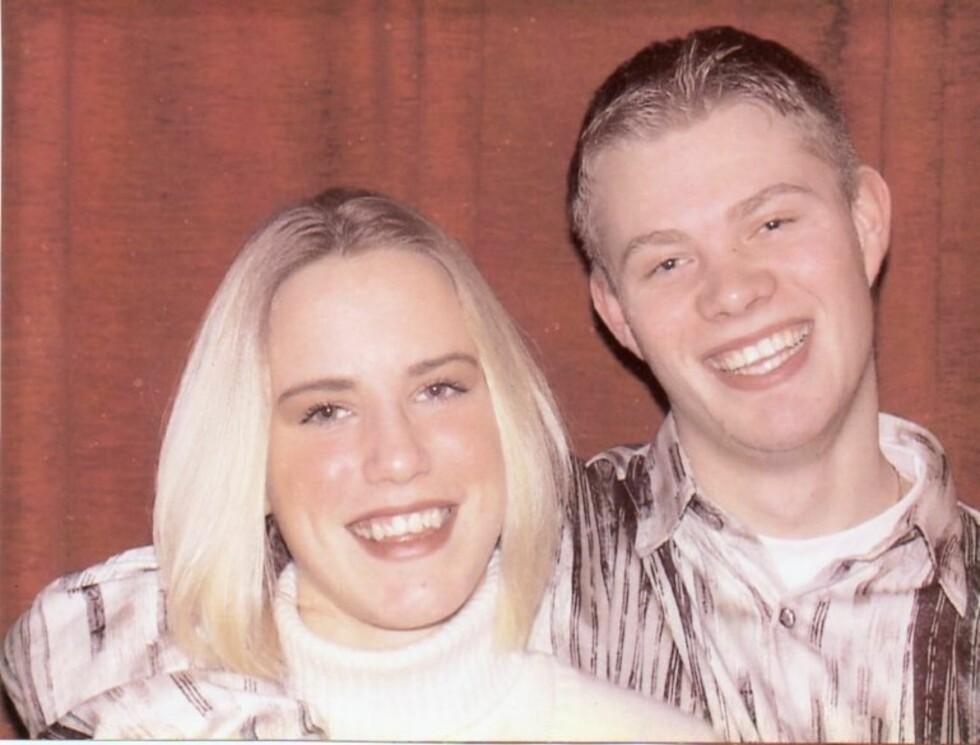 1999: Stian og Lill ble kjærester allerede i første klasse på videregående. Her fra da paret var 20 år.  Foto: Privat