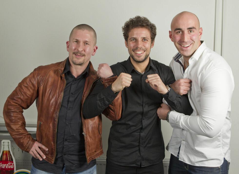 LAGKAMERATER: Allan Wetrhus (42) (t.v.) og Ørjan Øvstetun (26) med Freddy dos Santos. Foto: Oddvar Walle Jensen