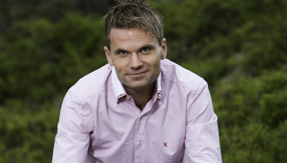 TAR DET IKKE PERSONLIG: Jakten-bonden Anders Braut Ueland har mistet to av frierne på kort tid.  Foto: TV 2
