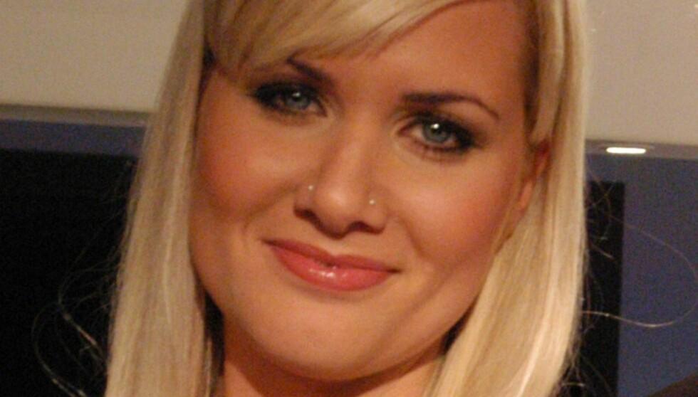 BRAKK RYGGVIRVEL: Julie Strømsvåg har vært sykemeldt i to år, etter at hun brakk en ryggvirve. Foto: TV 2