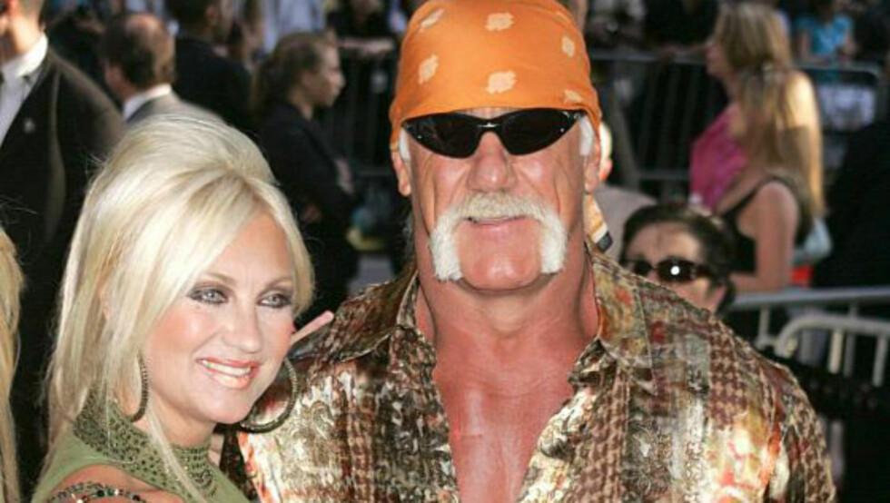 BESKYLDES FOR MISHANDLING: TV- og wrestling-stjernen Hulk Hogan beskyldes av eks-kona Linda (bildet) for å ha tatt kvelertak på henne flere ganger i løpet av deres 24 år lange ekteskap. Foto: Stella Pictures