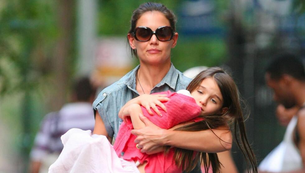 ALENEMOR I VIRKELIGHETEN OG PÅ FILM: Katie Holmes blir dobbelt opp alenemor, da hun også spiller det i sin egen film «Molly».  Foto: Fame Flynet