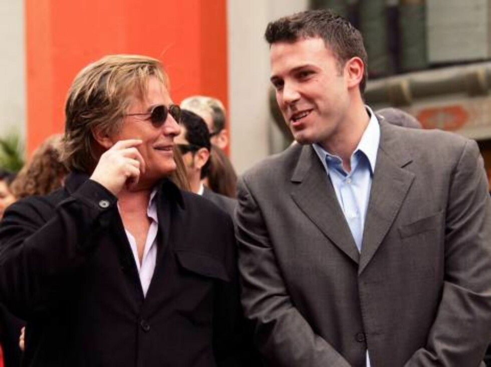 Bruce Willis is honored with the 2,321st Star on the Hollywood Walk of Fame in front of the Chinese Theatre. Los Angeles, October 16, 2006. On the picture: Don Johnson and Ben Affleck.  Photo: Jill Johnson/jpistudios Code: 4036  COPYRIGHT STELLA PICTURES Foto: Stella Pictures