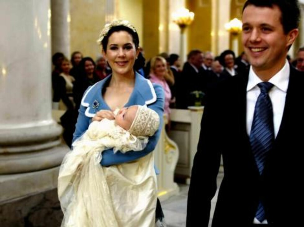 Crown Prince Frederik and Crown Princess Mary with their son, Christian Valdemar Henri John,in line to be the future king of Denmark , after hischristening in Christiansborg Palace Chapel in Copenhagen, Denmark, Saturday, Jan.  21, 2006. The little prince Foto: AP