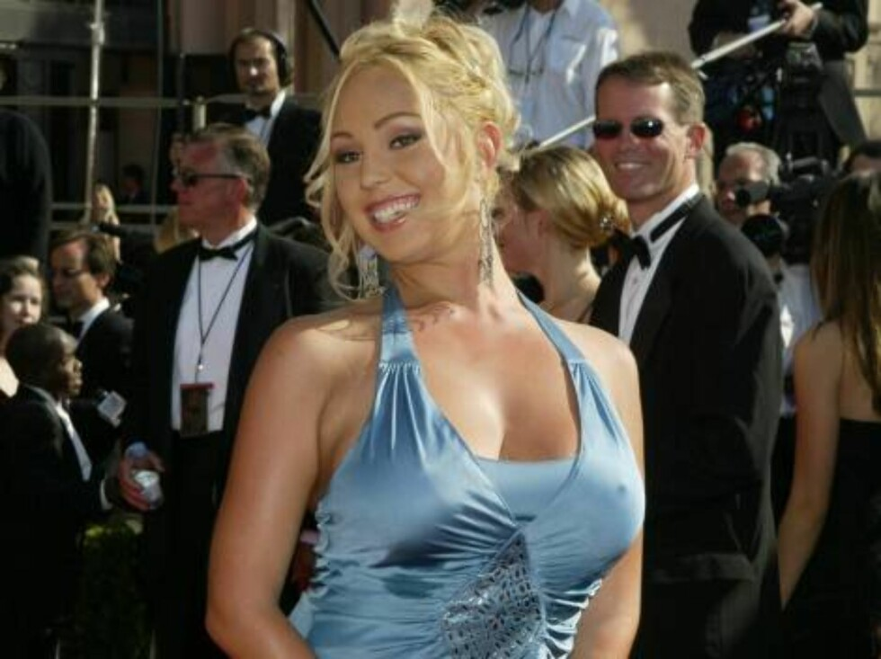LOS ANGELES - SEPTEMBER 21:  CA Governor candidate Mary Carey attends the 55th Annual Primetime Emmy Awards at the Shrine Auditorium September 21, 2003 in Los Angeles, California.  (Photo by Carlo Allegri/Getty Images) / ALL OVER PRESS Foto: All Over Press