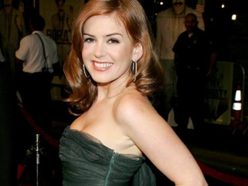 "HOLLYWOOD - OCTOBER 23:  Actress Isla Fisher arrives at the premiere of ""Borat: Cultural Learnings Of America"" held at the Grauman's Chinese Theatre on October 23, 2006 in Hollywood, California.  (Photo by David Livingston/Getty Images) *** Local Caption Foto: All Over Press"