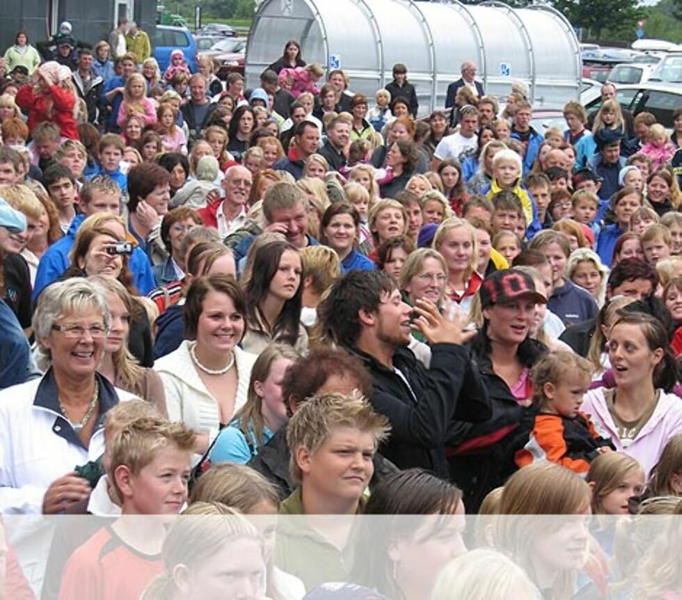 Nils Ingar holder Stand Up og publikum er fornøyd - Bryne. Foto: Unni Eiklid