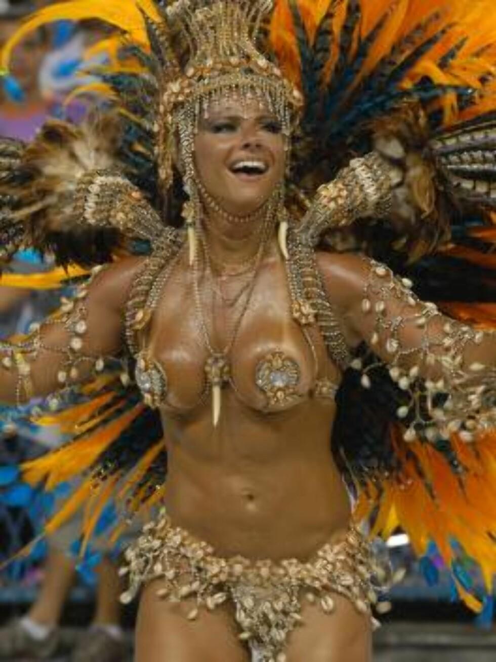 20070218: RIO DE JANEIRO, BRAZIL: Carnival Parades 2007 in Rio de Janeiro Sambodromo. PIctured here Unidos de Vila Isabel Samba School.PHOTO: BRAINPIX Code: 4027  COPYRIGHT STELLA  PICTURES Foto: Stella Pictures