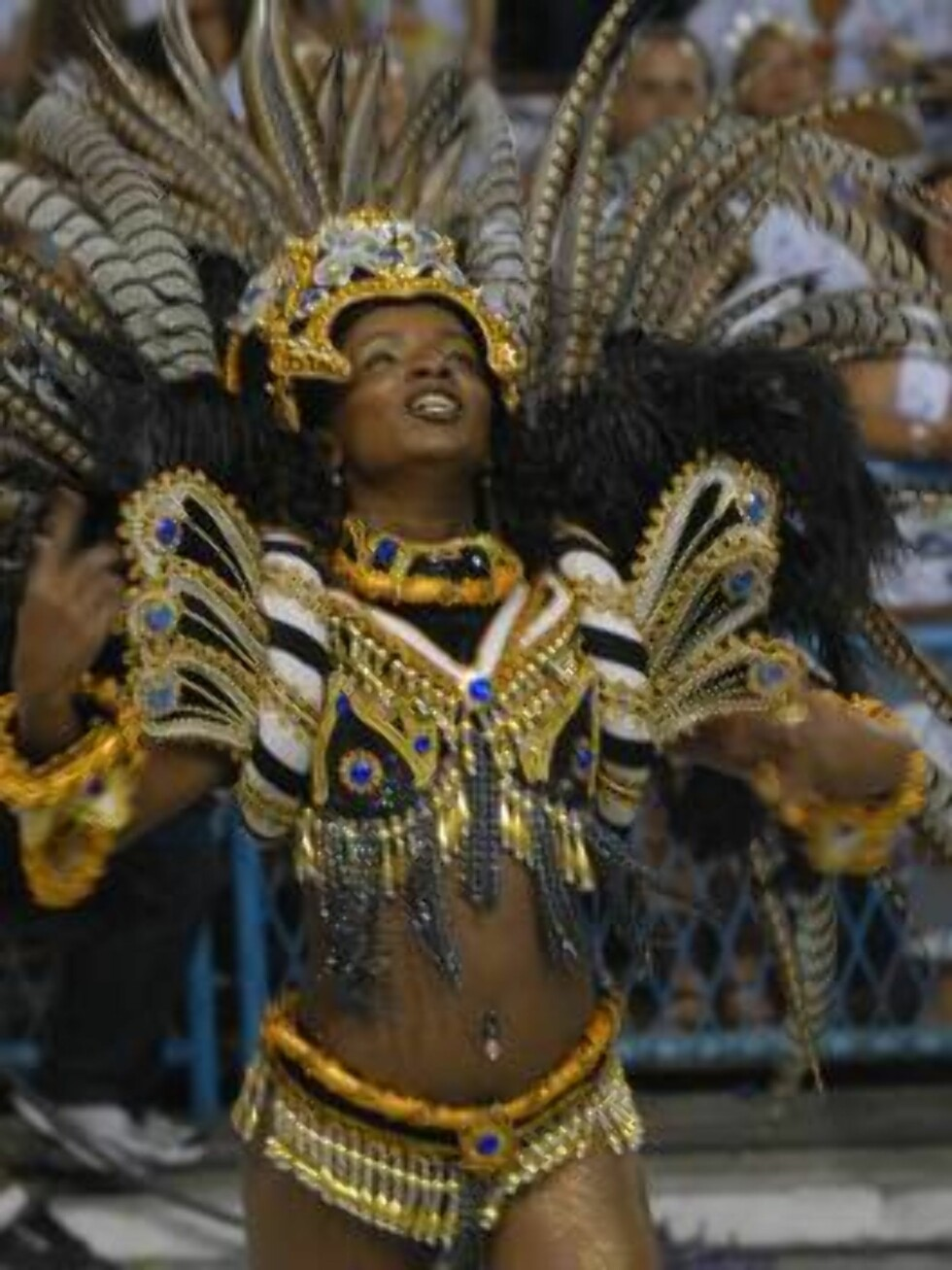 20070218: RIO DE JANEIRO, BRAZIL: Carnival Parades 2007 in Rio de Janeiro Sambodromo. PIctured here Unidos de Vila Isabel Samba School.  PHOTO: BRAINPIX Code: 4027  COPYRIGHT STELLA  PICTURES Foto: Stella Pictures