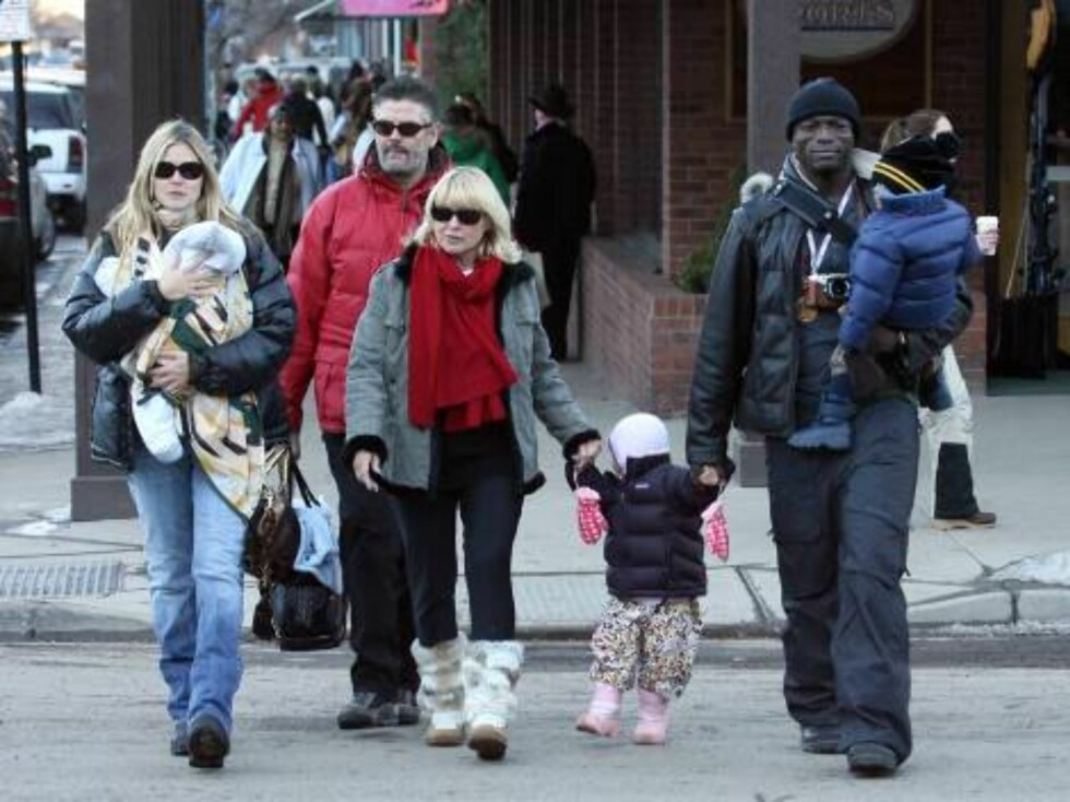 Heidi Klum with family in Aspen Dec 31, 2006 X17agency exclusive Foto: All Over Press