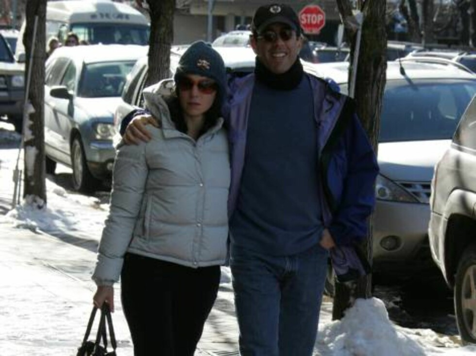 Jerry Seinfeld enjoying a Christmas break in Aspen.  Break from what? December 24, 2005  X17agency EXCLUSIVE / ALL OVER PRESS Foto: All Over Press