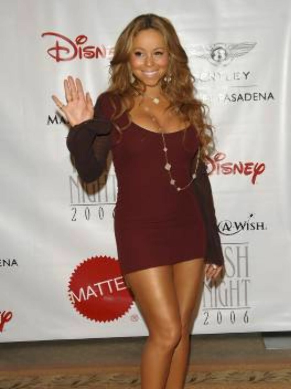VERST?: Sangfugl Mariah Carey er livredd for å bli blandet med pornostjernen Mary Carey. Det burde vært omvendt, spør du oss. Foto: All Over Press