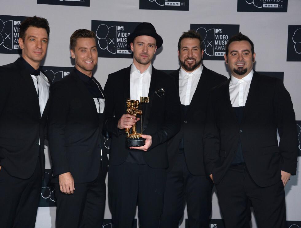 MTV MUSIC VIDEO AWARDS 2013: JC Chasez, Lance Bass, Justin Timberlake, Joey Fatone og Chris Kirkpatrick fra popgruppa 'N Sync ble gjenforent og underholdt under prisutdelingen.