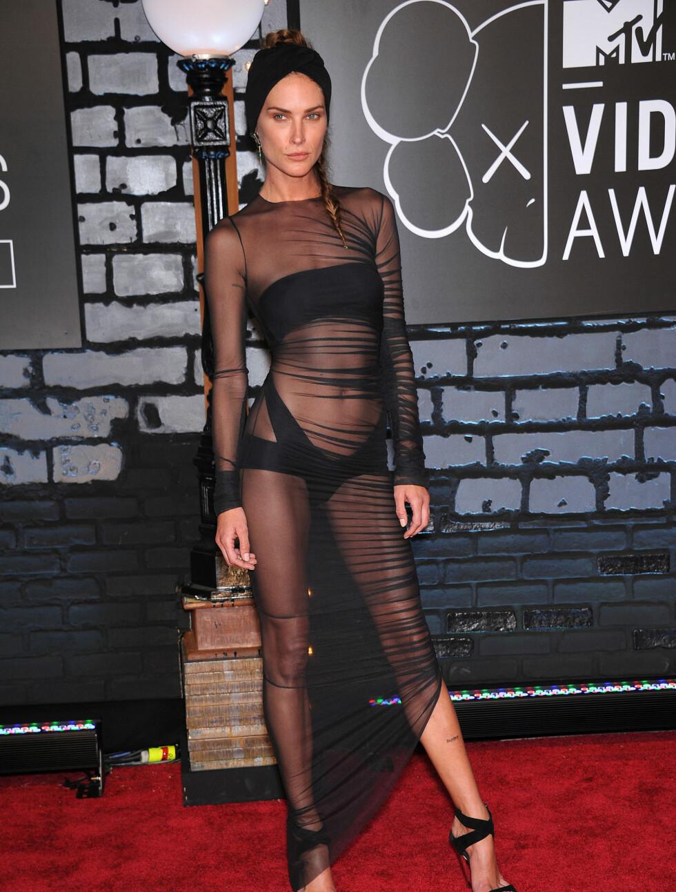 MTV MUSIC VIDEO AWARDS 2013: Den veldreide modellen Erin Wasson hadde kveldens mest avslørende antrekk. Foto: Lisa OConnor / Splash News/ All Over Press