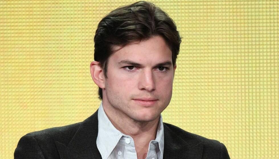 AVSLØRTE NAVNEBYTTE: Kutcher avslørte at han tok mellomnavnet Ashton til fornavn da han ble skuespiller fra scenen under Teen Choice Awards. Foto: All Over Press