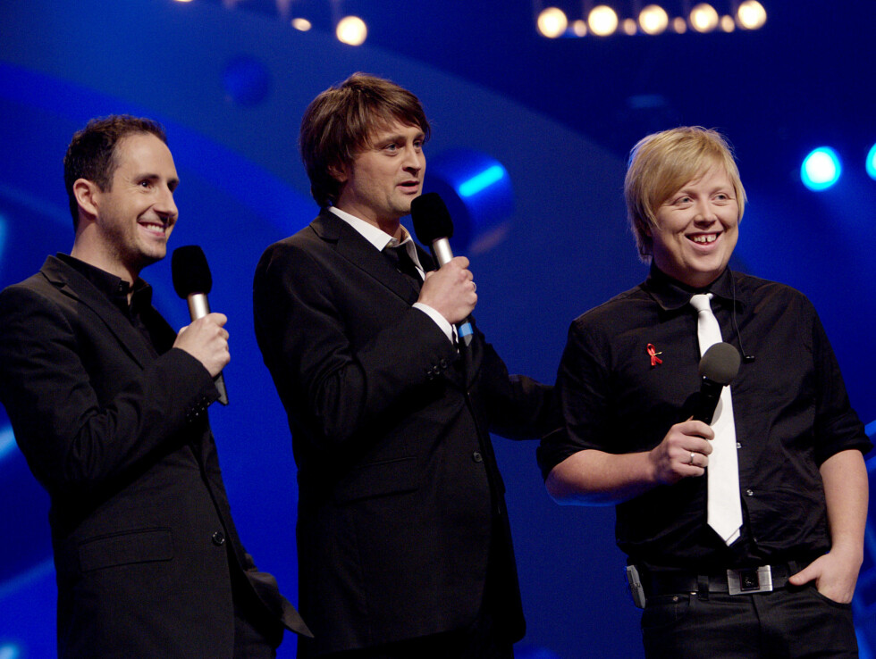 SUKSESS: Harald Rønneberg slo for alvor igjennom på TV-skjermen da han og makker Thomas Numme ledet første sesong av «Idol» i 2003 - hvor Kurt Nilsen stakk av med seieren. Dette er fra «Idol gir tilbake» i 2007. Foto: NTB scanpix
