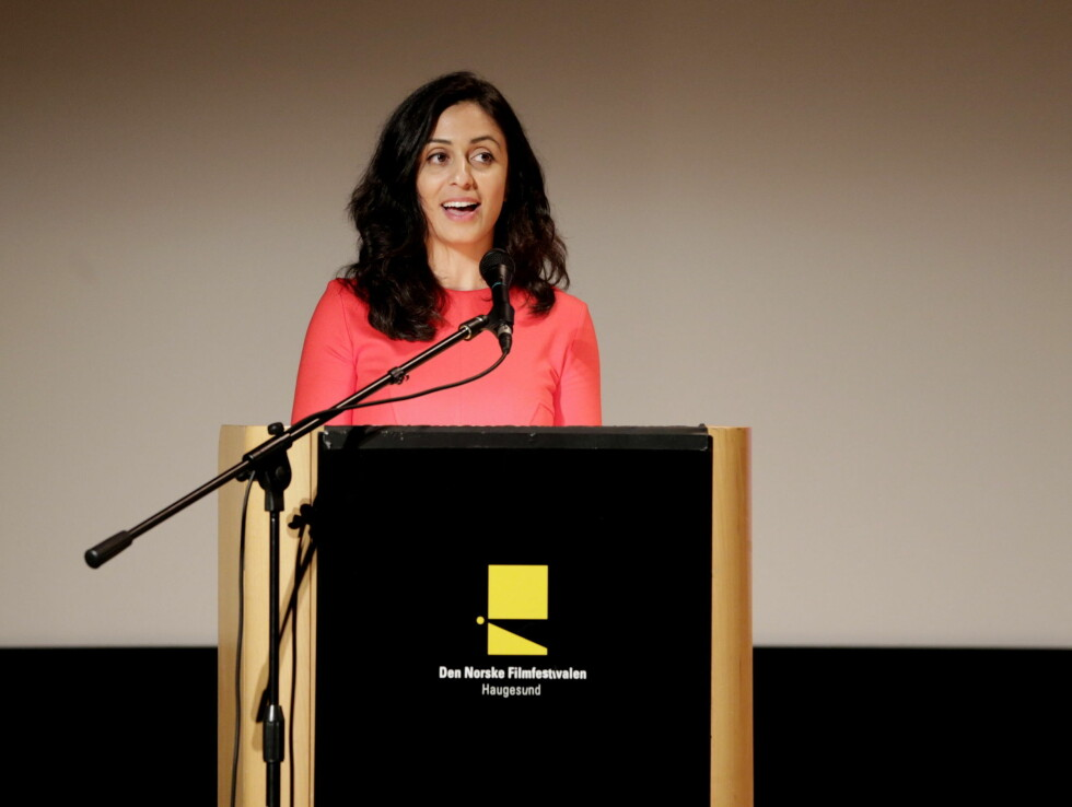 TALTE: Kulturminister Hadia Tajik åpner Den norske filmfestivalen i Haugesund torsdag kveld.  Foto: NTB scanpix