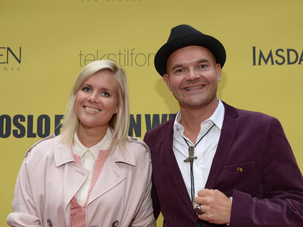 GIRA: Moods of Norway-designer Simen Staalnacke og samboeren Anne Berit Valla var på Oslo Fashion Week for å få inspirasjon. Foto: Stella Pictures
