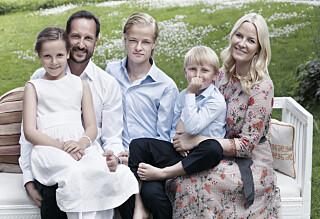 Se de nye bildene av kronprinsfamilien!